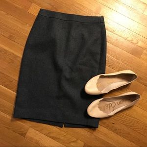 J Crew Number 2 wool pencil skirt grey size 0